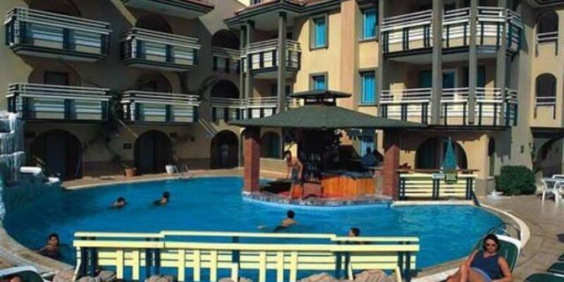 Rayon Apartments