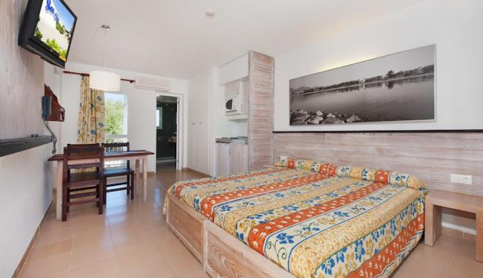 Sea Club Alcudia Apartments, Alcudia, Majorca